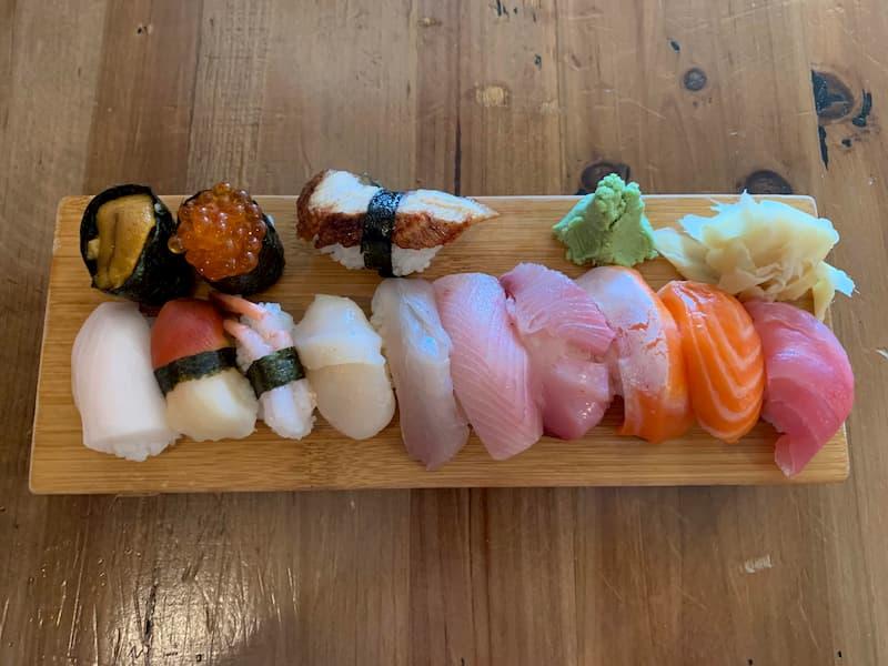 takohachiの1ドル寿司